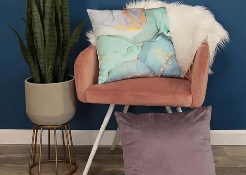 pier-one-pillow