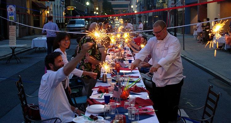 fourth of july celebration at restaurants