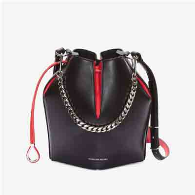 the bucket bag in balfskin beather deal pack