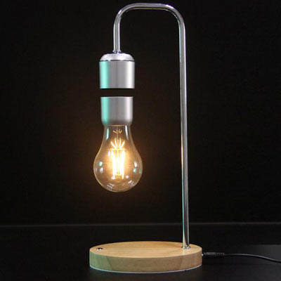 travelling bulb brainchild of edison and superman deal pack